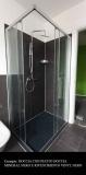 doccia-mineral-nera-con-rivestimento-nero