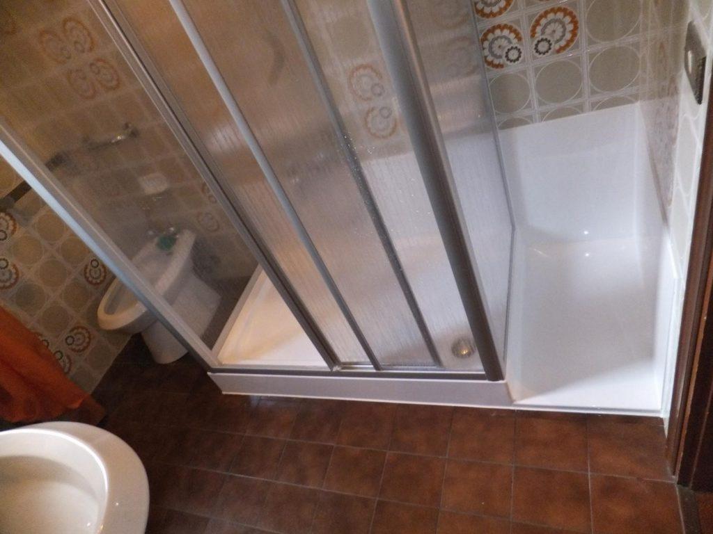 Pareti Per Doccia In Acrilico : Box doccia su misura prezzi